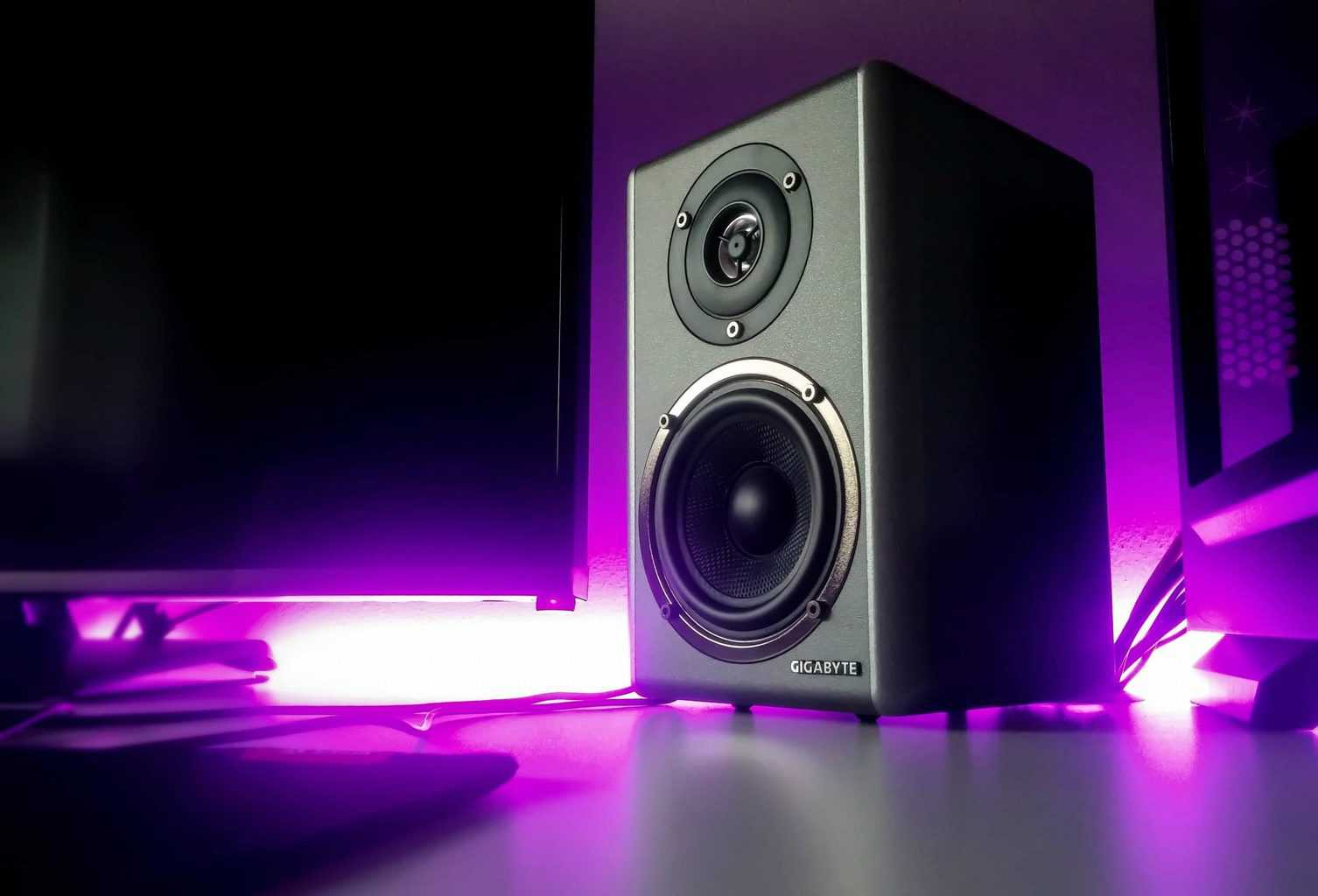 10 awesomely best Speakers for POP music